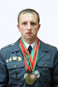 Сазоновна белом фоне с медалями