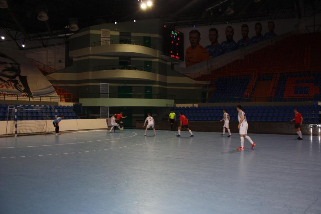полуфинал 1