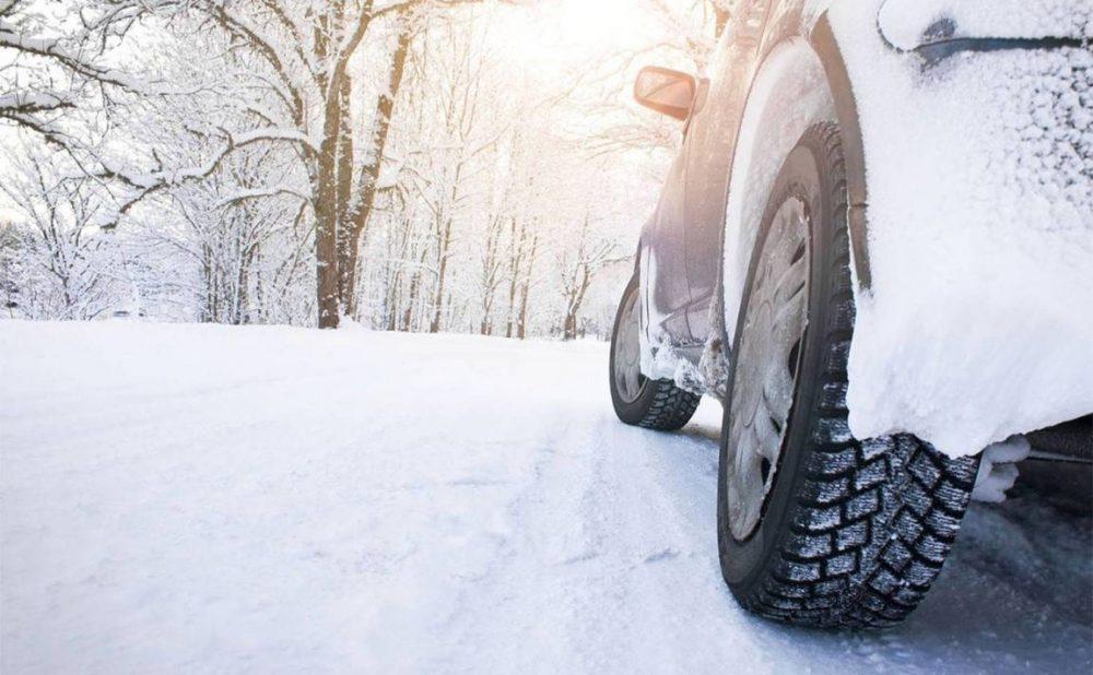 snow-tires-1500x1000